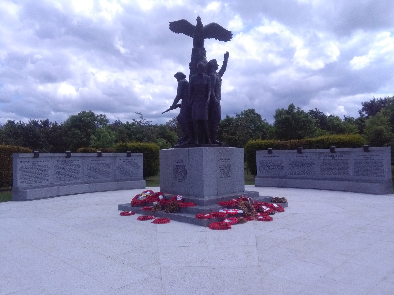 National Memorial Arboretum (Polish Memorial)