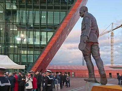 New Sculpture Of Captain Pilecki – A Polish Hero & Patriot